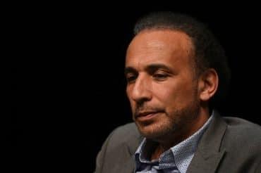 L'islamologue suisse Tariq Ramadan, accusé de viol par deux femmes en France, a été placé en garde à vue mercredi par les enquêteurs de la police judiciaire parisienne, a-t-on appris de source judiciaire.