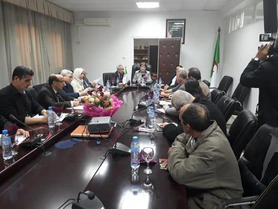 Réunion de la ministre Noria Benghabrit avec les associations et les syndicats à Tizi Ouzou