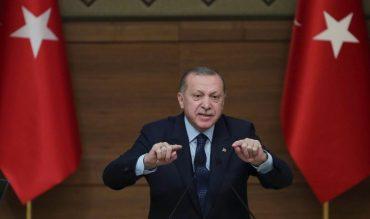 Le président turc Recep Tayyip Erdogan prononce un discours à Ankara le 8 février 2018.