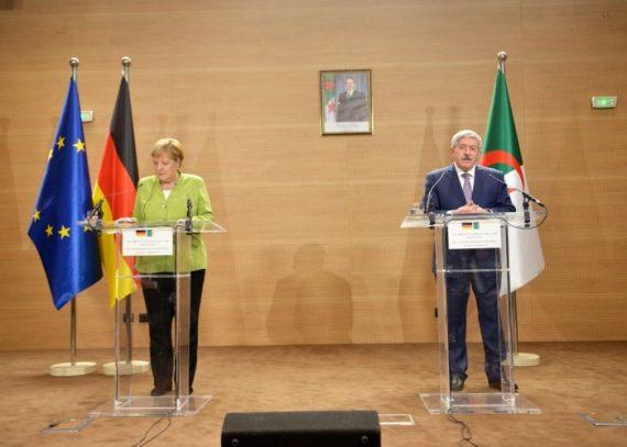 Rapatriement des clandestins algériens en Allemagne : Angela Merkel obtient l'accord d'Alger