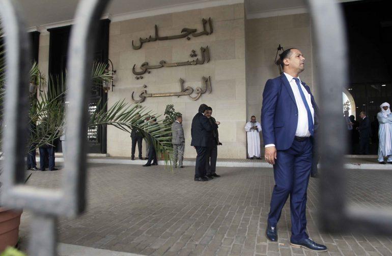Les députés frondeurs passent à une étape supérieure dans le bras de fer qui les oppose au président de l'APN, Saïd Bouhadja. Ils viennent d'imposer, à leur manière et loin et loin de toutes les règles législatives régissant le parlement et sa chambre basse, la vacance du poste du président.