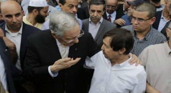 Le secrétaire général du FLN, Djamel Ould Abbès poursuit son offensive pour le cinquième mandat du président Bouteflika.