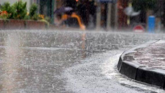 Des pluies orageuses localement assez marquées affecteront les wilayas du Centre et de l'Est ce lundi, indique un nouveau bulletin météorologique spécial (BMS) de l'Office national de météorologie (ONM).