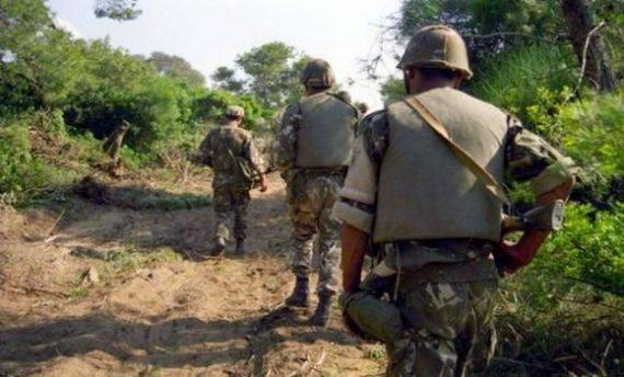 Treize (13) bombes de confection artisanale ont été détruites mercredi lors d'une opération de fouille menées distinctement à Médéa, Tlemcen et Tamanrasset par un détachement de l'Armée nationale populaire (ANP), indique jeudi le ministère de la Défense nationale dans un communiqué.