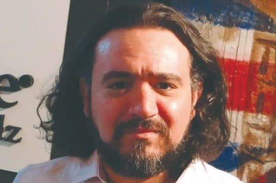 Le procureur de la république du tribunal de Constantine a requit 03 ans de prison ferme et 100 milles dinars dans le dossier du directeur de la radio Sarbacane arrêté 01 novembre 2018.
