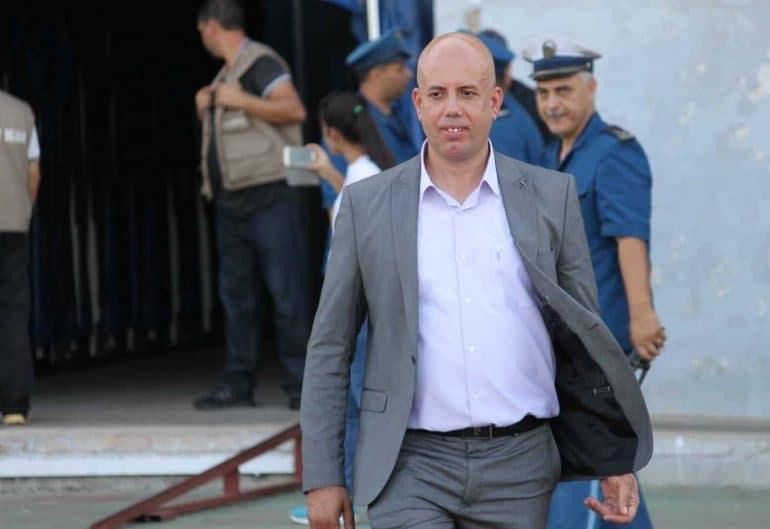 """La ligue de football professionnel LFP vient d'annoncer le """"report"""" du match USM Alger - JS Kabylie prévu demain 06 novembre au stade Omar Hammadi à Bologhine. Selon la LFP, cette décision """"a été prise dans l'intérêt général"""" ."""