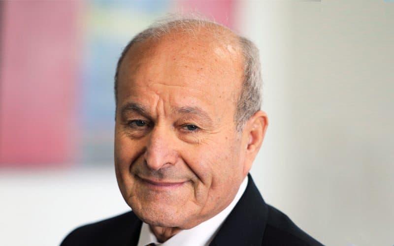 © DR | Le patron du groupe Cevital, Issad Rebrab, s'exprime sur le blocage de ses projets et dénonce une « main invisible ». S'exprimant sur le plateau de la chaîne française d'information, France 24, l'homme le plus riche d'Algérie estime aussi que c'est la même « main invisible » qui gère le pays.