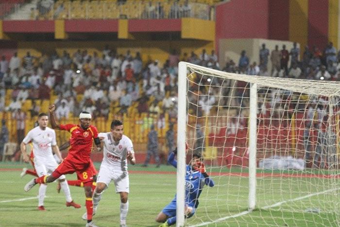 L'USM Alger a connu un début de rencontre cauchemardesque lors de son match joué ce soir, à Omdourman à Khartoum pour le compte du match aller des huitièmes de finale de la Coupe arabe des clubs face au club d'Al Merreikh.