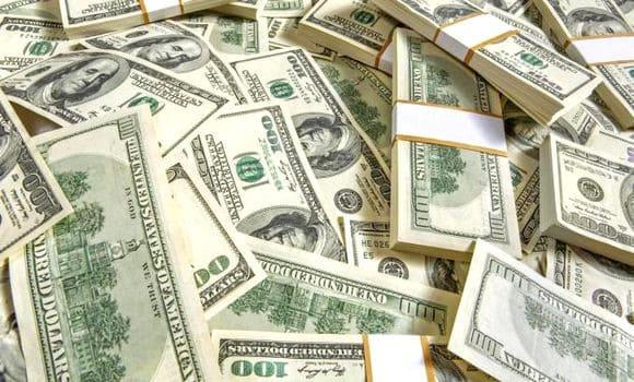 Les réserves de change de l'Algérie (or non compris) ont baissé à 82,12 milliards de dollars à fin novembre 2018 contre 97,33 milliards de dollars à fin 2017, soit une érosion de 15,21 milliards de dollars en 11 mois, a indiqué dimanche le Gouverneur de la Banque d'Algérie, Mohamed Loukal, devant l'Assemblée Populaire Nationale (APN).