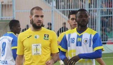 La JS Saoura a suivi l'exemple de la CS Constantine en se hissant à la phase des poules de la Ligue des championnat africaine, samedi, à Tanger, en dépit de sa défaite sur score d'un but à zéro devant l'Itihad de Tanger.