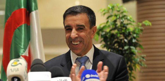 Le président du forum des chefs d'entreprises (FCE), Ali Haddad, vient d'être reconduit à la tête de l'organisation pour un deuxième mandat. Unique candidat, le patron des patrons a été réélu sans surprise, dès l'ouverture de l'assemblée générale élective, qui se tient, depuis ce matin, à la Safex aux Pins Maritimes à Alger.