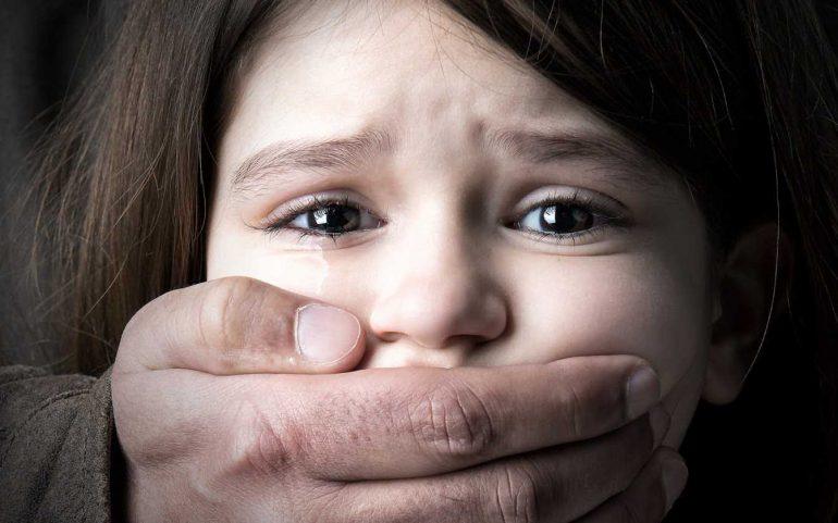 La police a retrouvé aujourd'hui une adolescente de 15 ans victime d'un kidnapping et séquestrée depuis cinq jours à Oran.