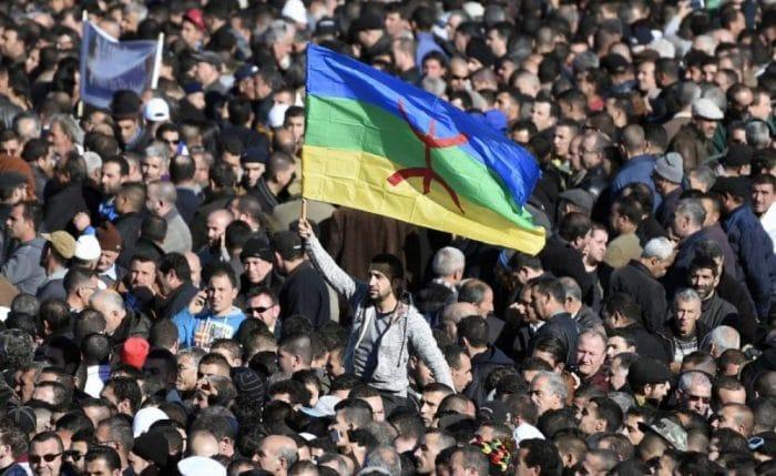 Le procès en appel des 17 jeunes, arrêtés par les services de police lors des manifestations enclenchées en décembre 2017 pour revendiquer davantage de moyens pour la promotion de la langue amazighe, s'est déroulé aujourd'hui, jeudi à Bouira.