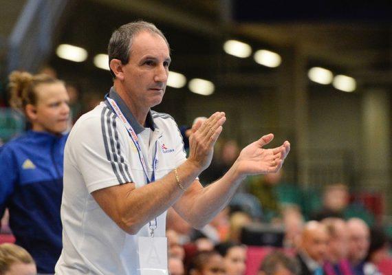 Invité de la Chaîne 3, le président de la Fédération algérienne de handball, Habib Labane a annoncé que l'entraîneur français Alain Portes sera le futur sélectionneur de l'équipe masculine de handball.
