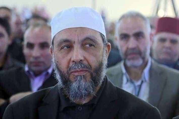 Les travaux de la rencontre des opposants au cinquième mandat ont commencé, cet après midi au siège du parti FJD de Abdellah Djabellah. Ce dernier a prononcé le discours de l'ouverture de la rencontre devant plusieurs chefs de partis politiques et personnalités.