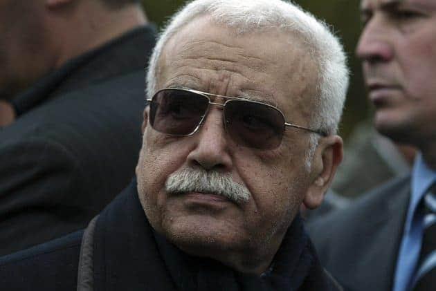 L'ancien ministre délégué auprès du ministère de la Défense nationale, le général major Abdelmalek Guenaïzia, est décédé lundi à l'âge de 83 ans, a-t-on appris auprès de ses proches.
