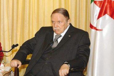 """Le président de la république Abdelaziz Bouteflika, en séjour médical à Genève depuis le 24 février pour un """"séjour médical"""" semble être dans un sale état de santé a révèle la tribune de Genève, aujourd'hui, 06 Mars."""