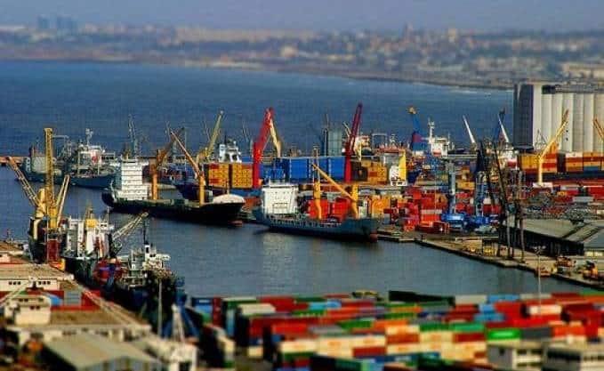 Le Président de l'association des producteurs algériens des boissons (APAB), Ali Hamani a affirmé, en marge de la Conférence de presse tenue mardi, 19 février au siège de la NCA Rouiba, à Rouiba, que l'export demeure un moyen impératif pour l'entreprise afin d'assurer sa pérennité.