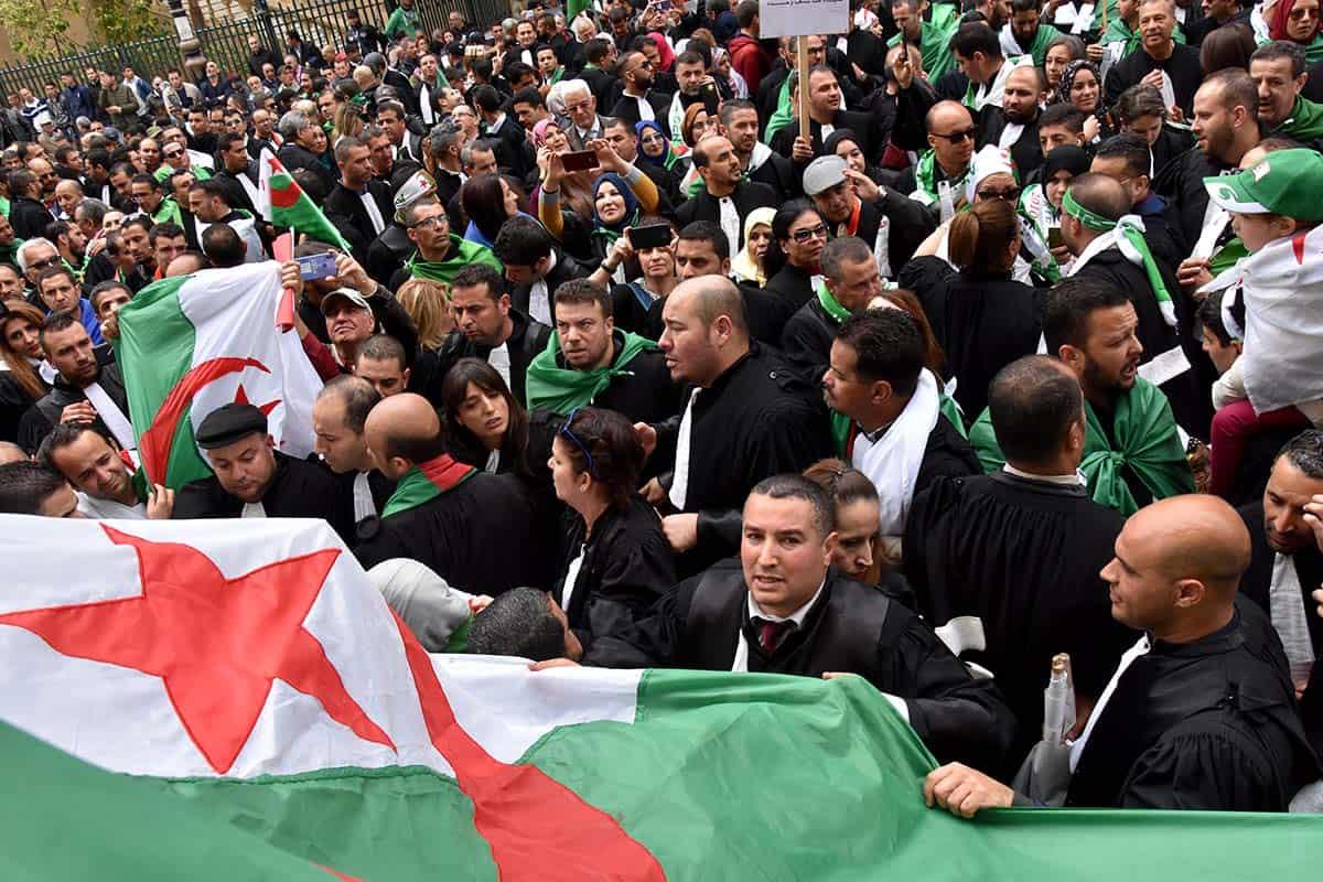 Manifestation des avocats à Alger centre le 23 mars 2018