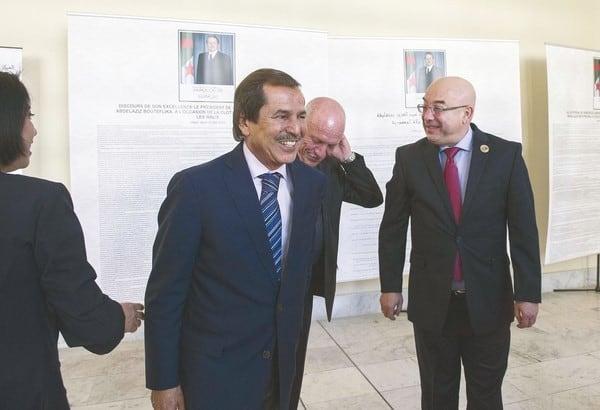 Le journaliste de la chaine de télévision TMC, Azeddine Ahmed Chaouche a croisé, vendredi 1 mars, le frère du président de la république, Abdelazi Bouteflika, Nacer Boudiaf dans les couloirs d'un hôpital universitaire à Genève.