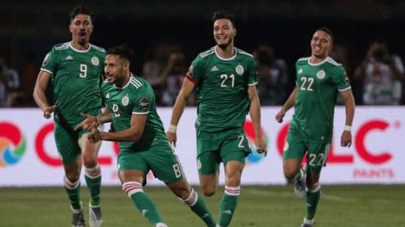 """L""""équipe nationale algérienne a arraché aujourd'hui 27 juin en Egypte son billet pour le deuxième tour de la coupe d'Afrique des nations après sa victoire 1-0 face au Sénégal."""