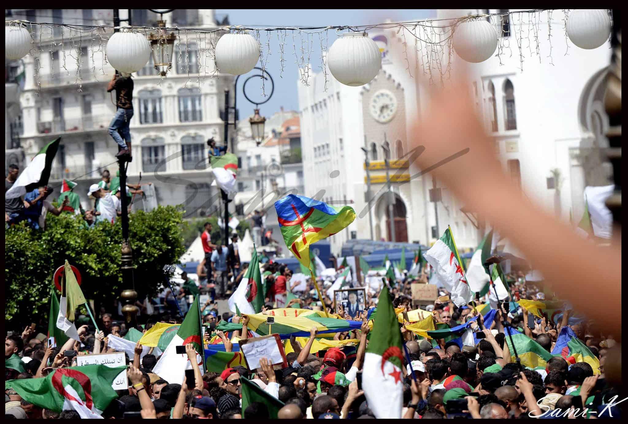 La manifestatio . du 05 juillet 2019 devant la grande poste à Alger