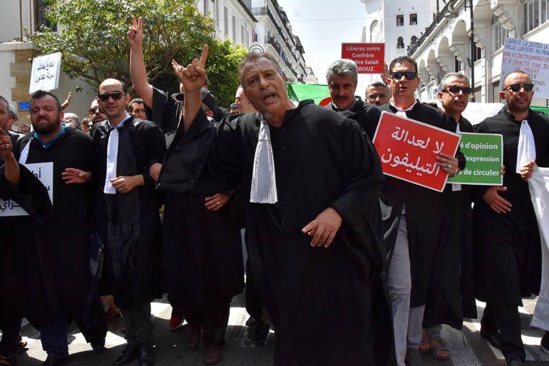 Marche des avocats à Alger le 11 juin 2019