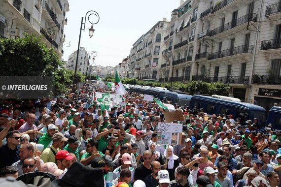 Marche du vendredi 09 Aout 2019 devant la grande poste à Alger