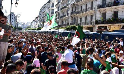 © INTERLIGNES | 32e vendredi de mobilisation devant la Grande Poste à Alger