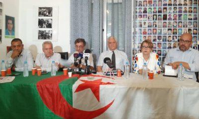 Conférence de presse des avocats de la ligue des droits de l'homme