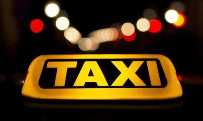 Signe lumineux du taxi