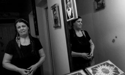 © Ferhat Bouda pour l'agence VU | Khadidja, maman de la détenue d'opinion Samira Messouci, chez elle à Bouira