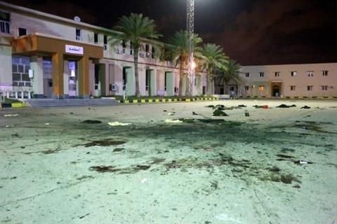 ©∂® | Un raid aérien contre l'école militaire de al-Hadba al-Khadra, un secteur résidentiel peuplé de Tripoli, a tué 28 cadets et blessé des dizaines d'autres, le 4 janvier