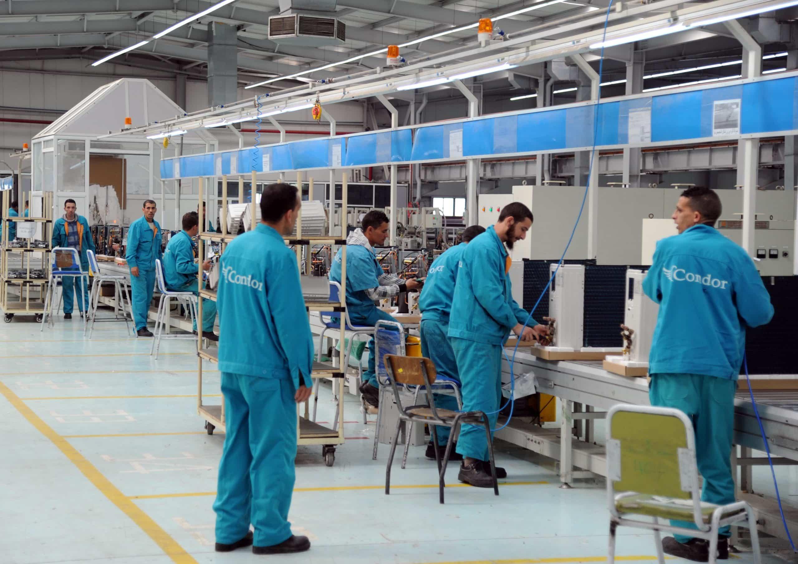 © DR | Les salariés de la société Condor dans l'usine de production