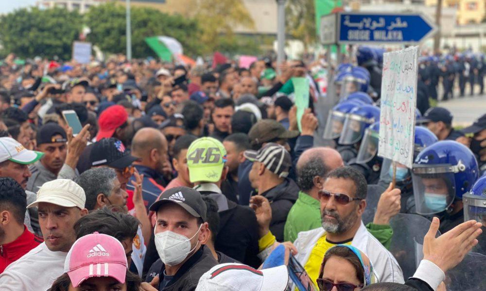 © INTERLIGNES | 110e vendredi du Hirak à Oran